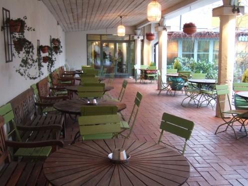 Café Blå Porten i vinterdress. Verkar underbart att sitta där en varm sommardag! Jag återkommer!