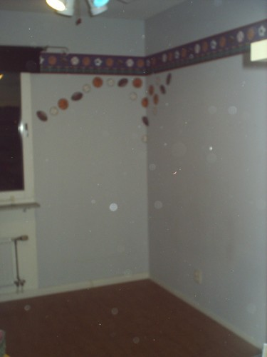 dags för nya glada kulörer på väggarna!