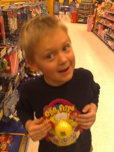 Lukas visar vad han önskar sig!