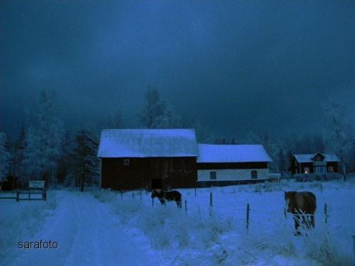 Mot kvällen hopade sig snömoln