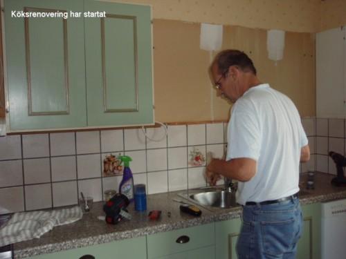 Köksrenoveringen har startat