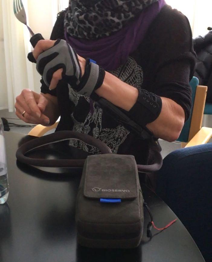 Carbonhand Robothandske för svaga händer Hjälpmedel