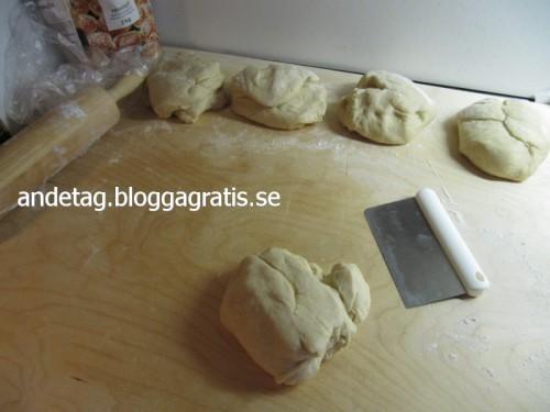 Dela upp degen i 4-5 delar