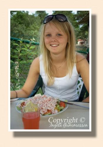 Isabelle 17 år